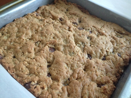 peanut butter and oats bars